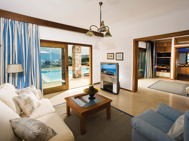Elounda Beach Exclusive Club  Hideaway Villas Living Room