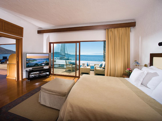 Elounda Beach Exclusive Club  Presidential Suites Bedroom