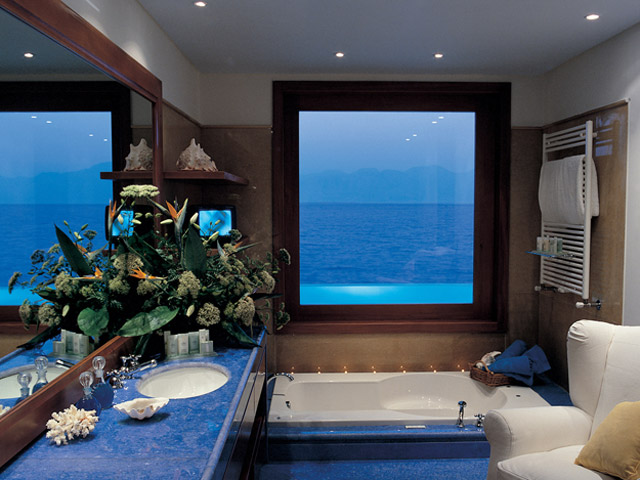 Elounda Beach Exclusive Club  Presidential Suites Bathroom