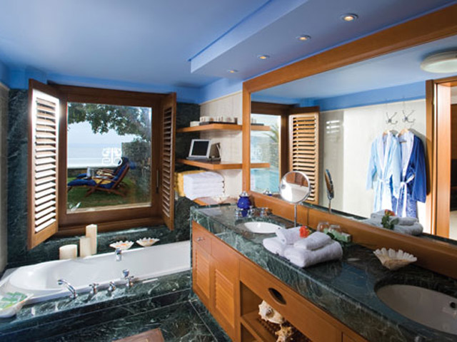 Elounda Beach Comfort VIP Club  Luxury Bungalows  Bathroom