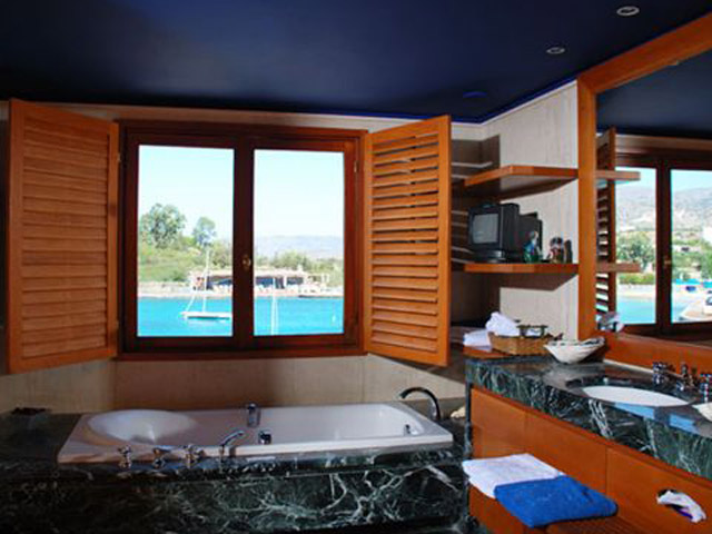 Elounda Bay Palace Presidential Suite Bathroom