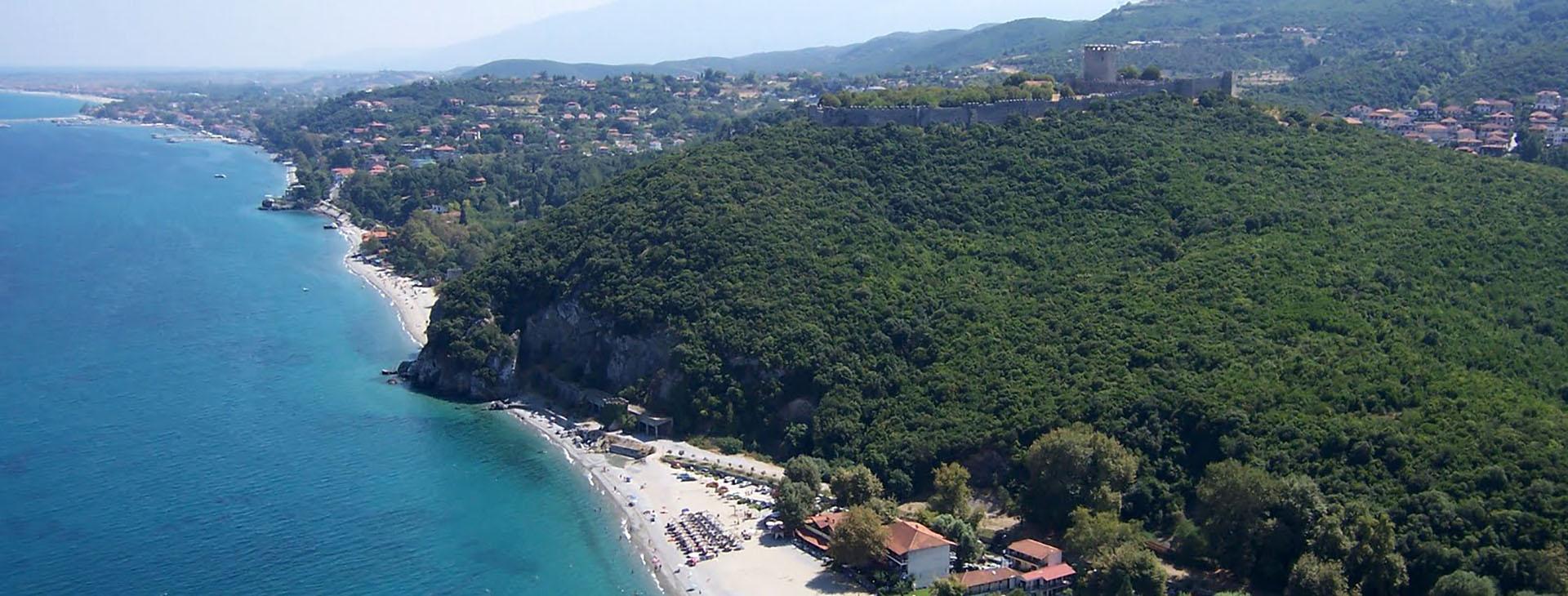 Neos Pantelaeimonas beach and the castle of Platamonas, Pieria